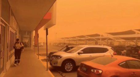 Πόλη στην Αυστραλία βάφτηκε στα… κόκκινα