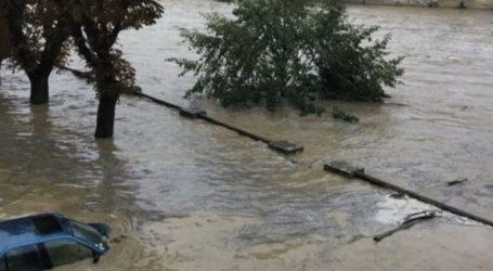 Δύο νεκροί από τις σαρωτικές πλημμύρες που έπληξαν το νοτιοανατολικό τμήμα της χώρας