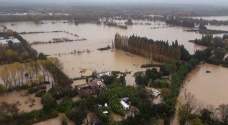 Στους τέσσερις οι νεκροί από τις πλημμύρες που έπληξαν την Κυανή Ακτή
