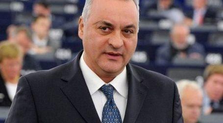 «Συλλυπητήρια και συμπαράσταση στον αλβανικό λαό»