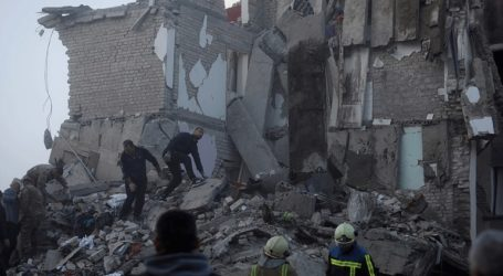 Η Γαλλία στέλνει 100 διασώστες στην Αλβανία