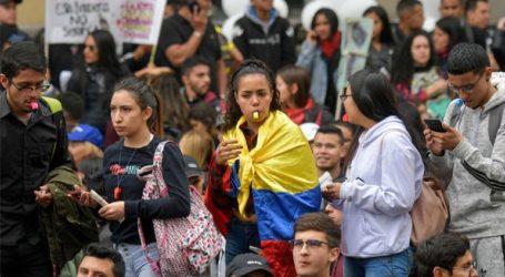 Κραυγή απελπισίας από χιλιάδες Κολομβιανούς που συμμετείχαν σε ειρηνικές διαδηλώσεις