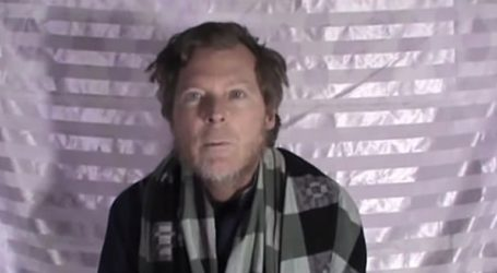 Εκπαιδευτικός που παρέμεινε για τρία χρόνια όμηρος των Ταλιμπάν επέστρεψε στην πατρίδα του