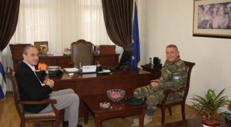 Εθιμοτυπική επίσκεψη του Διοικητή της 1ης Στρατιάς στον δήμαρχο Ελασσόνας
