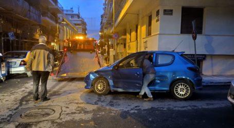 Τροχαίο ατύχημα στον Βόλο – Σύγκρουση ΙΧ με μηχανάκι [εικόνα]