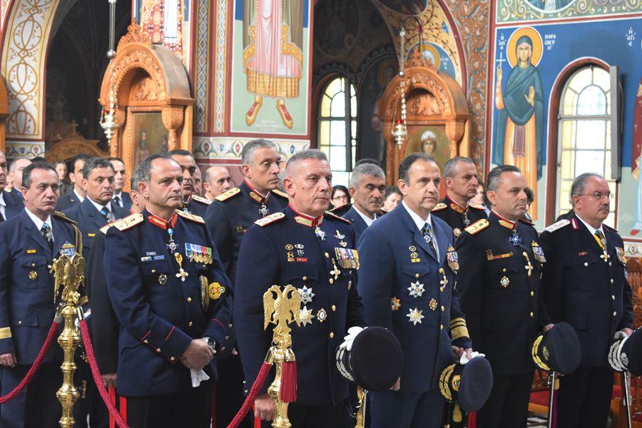 Λαμπρός εορτασμός για την Ημέρα των Ενόπλων Δυνάμεων στη Λάρισα (φωτο - βίντεο)