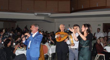 Παραδοσιακό γλέντι μέχρι… τελικής πτώσης με τις καλύτερες ορχήστρες της Ελλάδας διοργάνωσε το ΚΕΛΕ στη Λάρισα (φωτο – βίντεο)