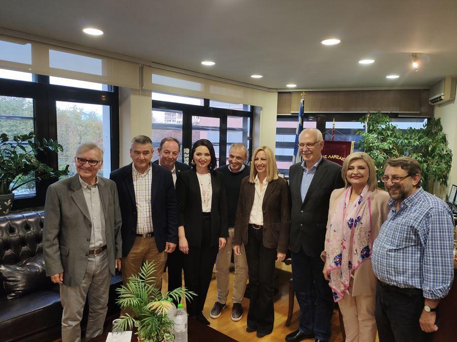 Στη Λάρισα η Φώφη Γεννηματά - Συναντήθηκε με Περιφερειάρχη και Δήμαρχο (φωτο)