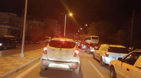 Κυκλοφοριακό «έμφραγμα» στο κέντρο της Λάρισας – Μεγάλη ταλαιπωρία για τους οδηγούς (φωτο)