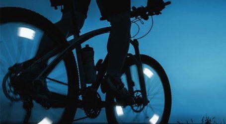Μηχανάκι παρέσυρε 18χρονη ποδηλάτισσα στη Λάρισα – Μεταφέρθηκε στο νοσοκομείο