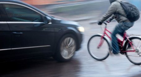 Παράσυρση ποδηλάτη στη Λάρισα – Μεταφέρθηκε στο νοσοκομείο