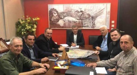 Συνάντηση εργασίας του Περιφερειάρχη Θεσσαλίας Κώστα Αγοραστού με το Δήμαρχο Τυρνάβου Γιάννη Κόκκουρα
