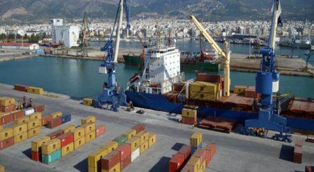 Υλικές ζημιές σε γερανό του λιμανιού απο φορτηγό πλοίο