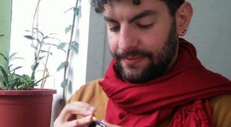Χειροποίητα πλεκτά γουράκια από τον 27χρονο Βολιώτη Αλέξανδρο Λάππα! [βίντεο]