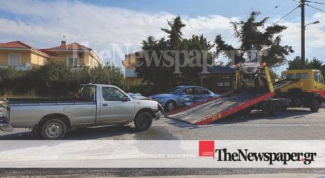 Βόλος: Σφοδρή σύγκρουση ΙΧ με αγροτικό – Μία τραυματίας [αποκλειστικές εικόνες]