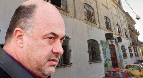 Αχ. Μπέος: «Αγκάθι» η κατάληψη Ματσάγγου – «Περνάει ο κόσμος και βλέπει βρακιά και σουτιέν από τους κοπρίτες»