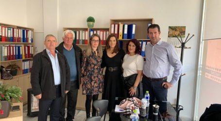 Με τον Καπνικό Συνεταιρισμό Ελασσόνας συναντήθηκε η Στέλλα Μπίζιου