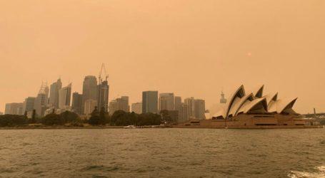 Οι πυροσβέστες δεν θα μπορέσουν να θέσουν υπό έλεγχο τις εκατοντάδες πυρκαγιές που μαίνονται στην Αυστραλία