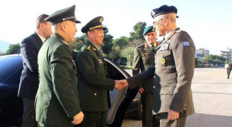 Επίσημη επίσκεψη κινεζικής στρατιωτικής αντιπροσωπείας στο ΓΕΣ