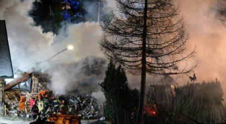 Κατέρρευσε τριώροφο κτήριο σε χιονοδρομικό κέντρο από έκρηξη λόγω διαρροής αερίου