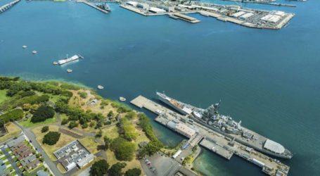 Νεκρά δύο στελέχη του Πολεμικού Ναυτικού μετά από επίθεση σε αμερικανική βάση