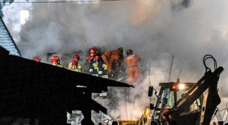 Οκτώ νεκροί μετά την κατάρρευση σπιτιού λόγω έκρηξης από διαρροή αερίου
