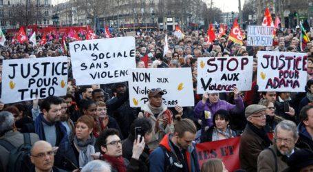 Αποφασισμένος για τη μεταρρύθμιση του συνταξιοδοτικού ο πρωθυπουργός της Γαλλίας παρά τις κινητοποιήσεις