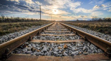 Προσπάθησε να αυτοκτονήσει ξαπλώνοντας στις γραμμές του τρένου