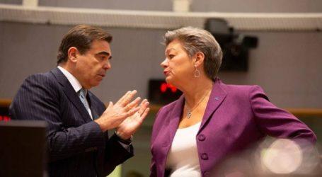 Γιόχανσον: Η ΕΕ προσηλωμένη στην συμφωνία με την Τουρκία