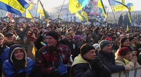 """5.000 διαδηλωτές στο Κίεβο κατά της """"συνθηκολόγησης"""" με τη Μόσχα"""