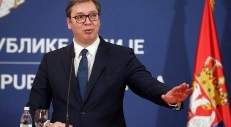 Κατάθεση στεφάνου στον Άγνωστο Στρατιώτη από τον πρόεδρο της Σερβίας