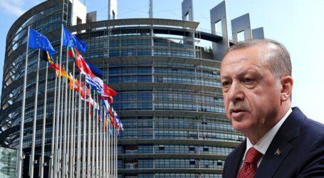"""""""Η συμφωνία Τουρκίας – Λιβύης παραβιάζει το διεθνές δίκαιο"""""""