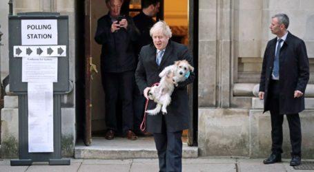 Μαζί με το σκύλο του ψήφισε ο Μπόρις Τζόνσον