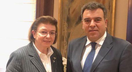 Συνάντηση Κόσνολα – Μενδώνη για συνεργασία των δύο Υπουργείων