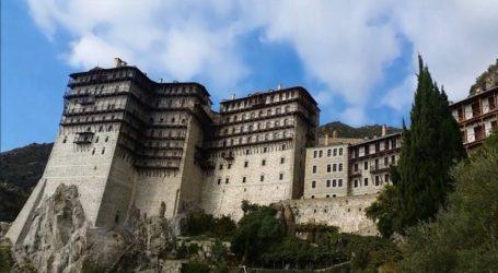 Έπεσε από Μοναστήρι ύψους 30 μέτρων