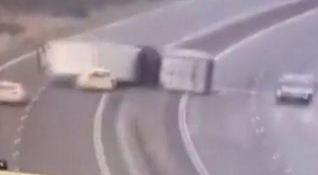 Ισχυροί άνεμοι τούμπαραν φορτηγό που πλάκωσε περιπολικό
