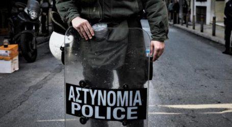 Αστυνομικοί μου ζήτησαν να κατεβάσω το παντελόνι μου στην Πατησίων
