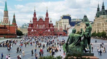 Σχεδόν το 50% των Ρώσων αντιμετωπίζει θετικά τις ΗΠΑ και την Ευρωπαϊκή Ένωση