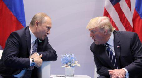 Στήριξη Πούτιν σε Τραμπ για την παραπομπή του