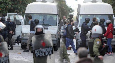 Εισαγγελική έρευνα μετά τις καταγγελίες του σκηνοθέτη Δημήτρη Ινδαρέ για αστυνομική βία