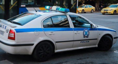 Καταδίωξη διαρρηκτών στο Κορωπί κατέληξε σε τροχαίο με έναν τραυματία