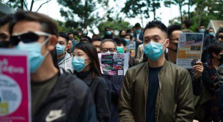 Χρήση σπρέι πιπεριού από την αστυνομία κατά των διαδηλωτών στο οικονομικό κέντρο του Χονγκ Κονγκ