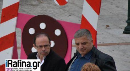 Ο Γιώργος Πατούλης στο Χριστουγεννιάτικο Χωριό στην πλατεία της Ραφήνας