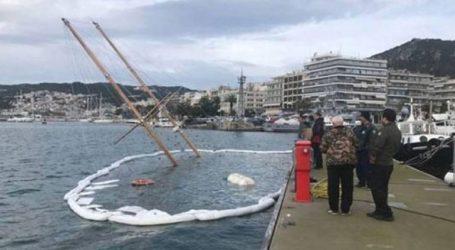 Βούλιαξε ιστιοφόρο μέσα στο λιμάνι