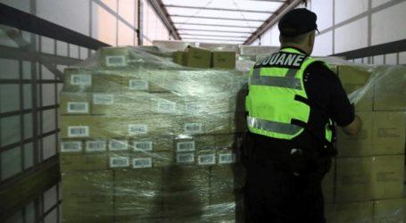 Οι Αρχές κατέσχεσαν σχεδόν 400 κιλά κάνναβης που ήταν κρυμμένα σε σαλάτες
