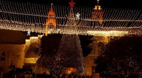 Χιλιάδες Χριστιανοί γιορτάζουν τα Χριστούγεννα στη Βηθλεέμ