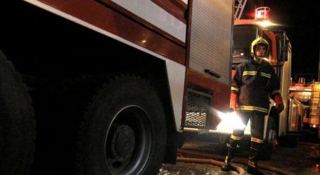 Παρανάλωμα του πυρός φορτηγά ψυγεία και ΙΧ