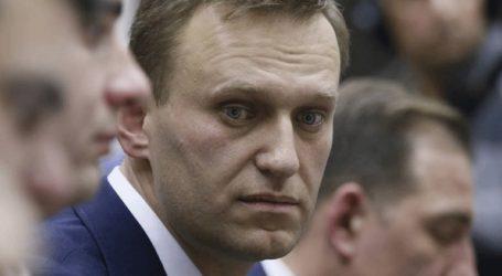 Ο Αλεξέι Ναβάλνι καταγγέλλει την «απαγωγή» συνεργάτη του