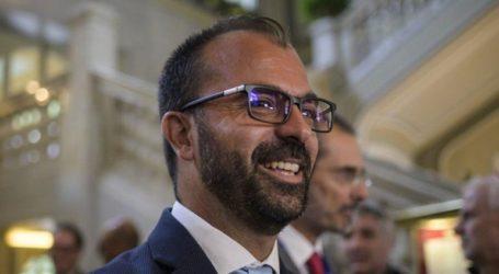 Παραιτήθηκε ο υπουργός Παιδείας λόγω έλλειψης κονδυλίων στην Παιδεία