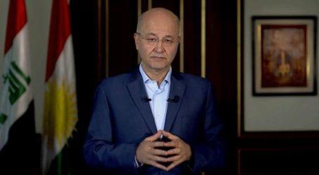 Την παραίτησή του υπέβαλε ο πρόεδρος Μπάρχαμ Σάλεχ